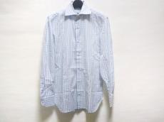 LIVERANO(リヴェラーノ)のシャツ