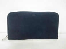 REN(レン)の長財布
