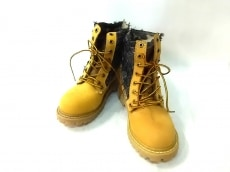 ALPHA INDUSTRIES(アルファ)のブーツ
