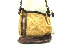 ISAMU KATAYAMA(イサムカタヤマ)のショルダーバッグ