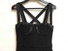 H&M×VERSACE(エイチアンドエム×ヴェルサーチ)のドレス