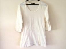 ato(アトウ)のTシャツ
