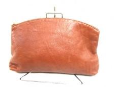 BAGGU(バグゥ)のクラッチバッグ