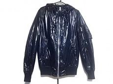 AKM(エーケーエム)のダウンジャケット