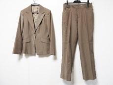 ru(アールユー)のレディースパンツスーツ