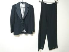 GIANFRANCO FERRE STUDIO(ジャンフランコフェレストゥーディオ)のレディースパンツスーツ