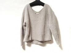 emmi(エミ)のセーター