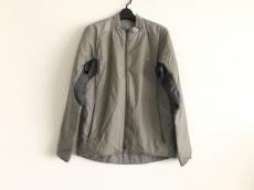 GYAKUSOU(ギャクソウ)のダウンジャケット
