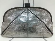 erva(エルバ)のクラッチバッグ