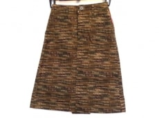 OVER THE STRIPES(オーバーザストライプス)のスカート
