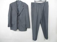 Kiton(キートン)のメンズスーツ
