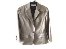 22OCTOBRE(ヴァンドゥ オクトーブル)のジャケット