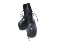 BELLY BUTTON(ベリーボタン)のブーツ