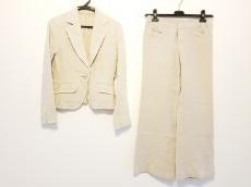 Viaggio Blu(ビアッジョブルー)のレディースパンツスーツ