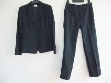 Aylesbury(アリスバーリー)のレディースパンツスーツ