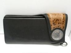 roar(ロアー)の長財布