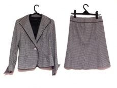 ReFLEcT(リフレクト)のスカートスーツ
