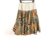 Easton Pearson(イーストンピアソン)のスカート