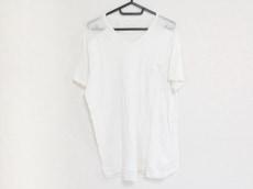 v::room(ヴイルーム)のTシャツ