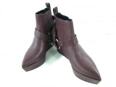 G.V.G.V.(ジーヴィジーヴィ)のブーツ