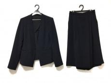 TONAL(トーナル)のレディースパンツスーツ