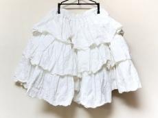 Metamorphose(メタモルフォーゼ)のスカート