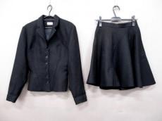 ALAIA(アライア)のスカートスーツ