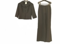 Sybilla(シビラ)のレディースパンツスーツ