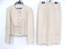 CHRISTIAN AUJARD(クリスチャンオジャール)のスカートスーツ