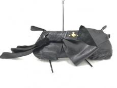 VivienneWestwood ACCESSORIES(ヴィヴィアンウエストウッドアクセサリーズ)のクラッチバッグ