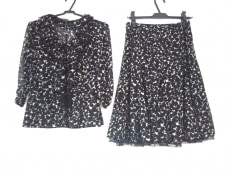 YOKO D'OR(ヨーコドール)のスカートセットアップ