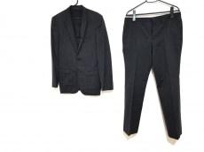 BLACKBARRETTbyNeil Barrett(ブラックバレットバイニールバレット)のメンズスーツ