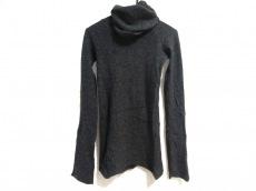 L.G.B.(ルグランブルー)のセーター