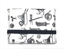 Devastee(ディバステ)の2つ折り財布