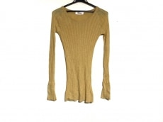 tumugu(ツムグ)のセーター