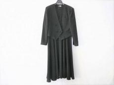 SOIR BENIR(ソワールベニール)のワンピーススーツ