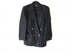 VALENTINOGARAVANI(バレンチノガラバーニ)のジャケット