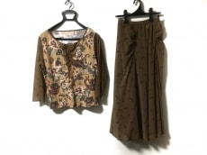 HIROKO KOSHINO(ヒロココシノ)のスカートセットアップ
