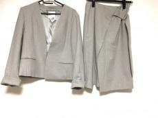 TONAL(トーナル)のスカートスーツ