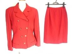KARL LAGERFELD(カールラガーフェルド)のスカートスーツ