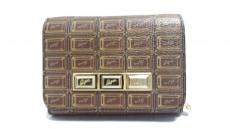 Q-pot.(キューポット)の2つ折り財布