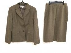 Scapa(スキャパ)のスカートスーツ