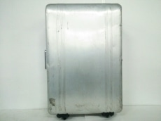 ZERO HALLIBURTON(ゼロハリバートン)のキャリーバッグ
