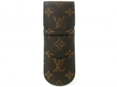 LOUIS VUITTON(ルイヴィトン)のペンケース