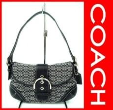 COACH(コーチ)のソーホーミニシグネチャースモールフラップのハンドバッグ