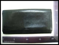 ISSEYMIYAKE(イッセイミヤケ)の長財布
