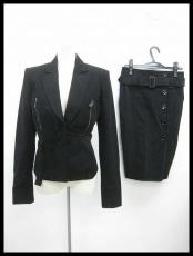 アントニオベラルディのスカートスーツ