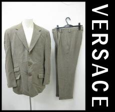 GIANNIVERSACE(ジャンニヴェルサーチ)のメンズスーツ