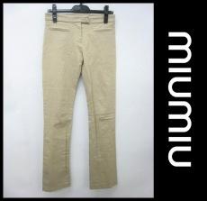 miumiu(ミュウミュウ)のパンツ