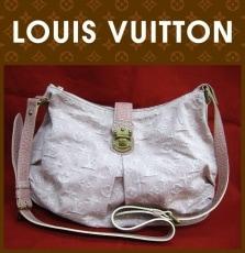 LOUIS VUITTON(ルイヴィトン)のスライトリーのショルダーバッグ